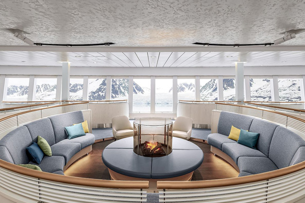HANSEATIC spirit Observation Lounge